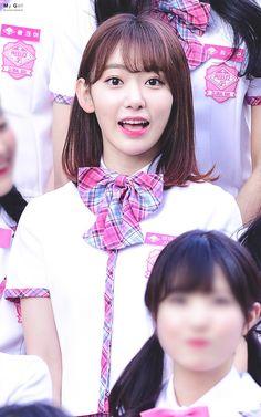 (Credits to the real owner/s) Yuri, Kpop Girl Groups, Kpop Girls, Honda, Korean Short Hair, Sakura Miyawaki, Gfriend Sowon, Pink Envelopes, Japanese Girl Group