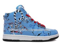 Blue-Nike-MAD-HATTER-Rabbit-SB-Dunk-high-Tops