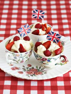 Strawberries and cream very cute for Jubilee party or Wimbledon! With blue sugar for a red, white and blue effect