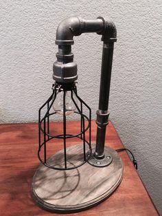 Lámpara de mesa de tubería industrial por IndustrialLamps4 en Etsy