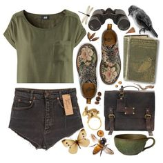denim shorts/tapestry shoes/green tee/satchel/wildlife