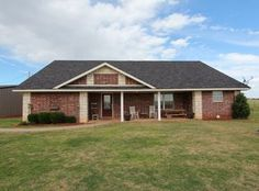 View 27 photos of this $249,000, 4 bed, 2.0 bath, 2200 sqft single family home located at 11346 N 1920 Rd, Sayre, OK 73662 built in 2006. 10 ACRES with a bea...