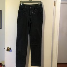 Dismero jeans denim Embroidered and sequin detail at front pockets classic 5 pocket style. Straight leg. Cotton with a touch of elastic for fit. Made in Italy Dismero Jeans Straight Leg