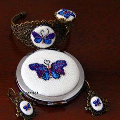 #mulpix Bu günlerde kelebek koleksiyonu yapıyoruz. Ayna bilezik yüzük ve küpeden…