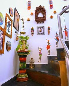 Indian Room Decor, Diy Room Decor, Bedroom Decor, Bedroom Crafts, Indian Interior Design, Indian Home Design, India Home Decor, Ethnic Home Decor, Pooja Room Design