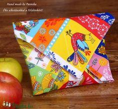 Öko szendvics-csomagolás (Mesemintás vízálló textilszalvéta) (pannika) - Meska.hu No Waste, Hobbit, Handmade, Diy, Bags, Handbags, Hand Made, Bricolage, Taschen