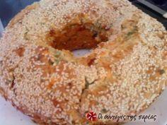 Αλμυρό κέικ με τυριά και μυρωδικά