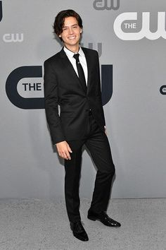 Cole Sprouse, KJ Apa & More 'Riverdale' Stars Hit Up CW Upfronts Photo The guys of Riverdale pose silly on the red carpet at the 2018 CW Network Upfront held at The London Hotel on Thursday morning (May in New York City. Cole M Sprouse, Dylan Sprouse, Sprouse Bros, Cole Sprouse Jughead, Betty Cooper, Zack Et Cody, Dylan E Cole, Cole Sprouse Wallpaper, Riverdale Cole Sprouse