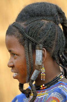 Africa Peul/Fulani woman photographed in Burkina Faso © Sergio Pessolano African Tribes, African Braids, African Americans, African Art, Girls Natural Hairstyles, Braided Hairstyles, Fulani People, Africa People, Up Dos