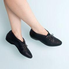 Black Leather Ankle Boots Booties Gloria Vanderbilt by WildLifeTX