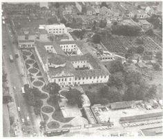1975 - Vista aérea do Mosteiro da Luz.