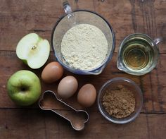 How To: Homemade Natural Dog Treat Recipe with Fresh Apples.