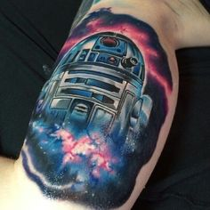 fuckyeahtattoos:  Latest addition to my Star Wars sleeve. Done by Mike Johnston from Patwucket, Rhode Island. 3 sessions and 10 hours later he's finished! (For now) Artist instagram: mikejohnstontattoo Owners instagram: littlegreenghouls_