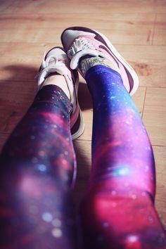 Galaxy leggins and nike sneakers