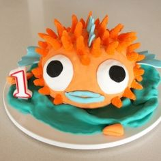 Hilariously adorable Puffer Fish Cake. The art of pleasing a one year old.
