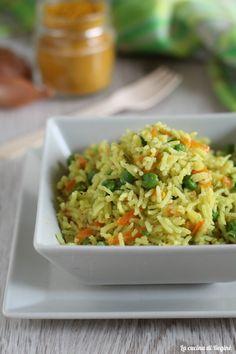 Riso basmati al curry con verdure Gnocchi, Fried Rice, Guacamole, Fries, Pasta, Ethnic Recipes, Food, Vegetarian, Vegans