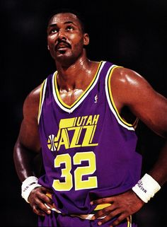 "Karl ""the Mailman"" Malone Jazz Basketball, Love And Basketball, Basketball Legends, Basketball Players, Basketball Shoes, Nba Uniforms, Basketball Uniforms, Nba Dream Team, Karl Malone"