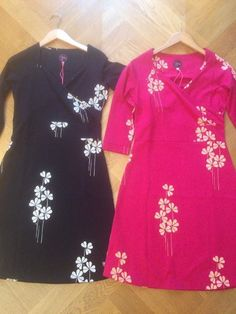 Tante Betsy oriental dress black and cerise pink