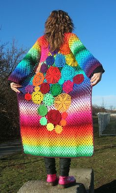 Very colorful crochet coat Crochet Coat, Crochet Jacket, Crochet Cardigan, Crochet Clothes, Crochet Vests, Crochet Sweaters, Rainbow Crochet, Crochet Granny, Granny Square Sweater