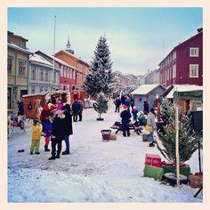 User: gunhildsun Love This! Norway Christmas, Norwegian Christmas, Scandinavian Christmas, White Christmas, Land Of Midnight Sun, Beautiful Christmas Scenes, Norway Viking, Beautiful Norway, Christmas Markets Europe