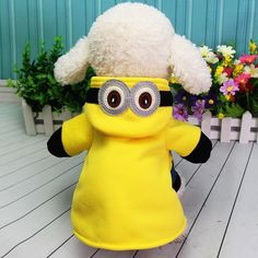 Material: CottonSeason: All SeasonsStyle: NoveltyType: Dogs,CatsStyle: HoodieDesign: Cute MinionsMaterial: CottonSeason: Autumn WinterColor: Yellow Funny Costumes, Pet Costumes, Cute Funny Dogs, Funny Cats, Minion Dog Costume, Funny Animal Videos, Funny Animals, Dog Vines, Dog Fails