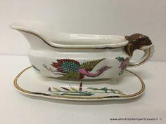 Oggettistica d`epoca - Porcellane e ceramiche Antica salsiera Royal Worcester - Antica salsiera con per manico una testa di elefante Immagine n°1