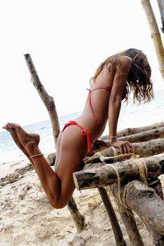 ☆ #inspiration #jeanlouisdavid #summer #sun #beach #fun #cool #sexy #hair #girl #spirit #energy #playful Inspiration Jean Louis David