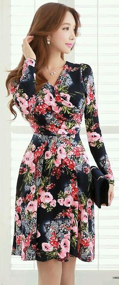 Printed frock with full sleeve