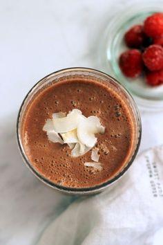 Málnás-kakaós kókuszital recept - Kifőztük, online gasztromagazin Russel Hobbs, Panna Cotta, Peanut Butter, Pudding, Shake, Ethnic Recipes, Smoothie, Desserts, Food