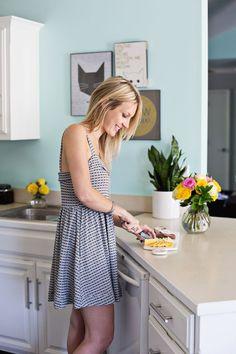 Kitchen Colors For Walls Valspar Bathroom 59 Best Ideas Mint Kitchen Walls, Kitchen Colors, Room Colors, Wall Colors, House Colors, Paint Colors, Steel Cupboard, Countertop Redo, Kitchen Window Valances