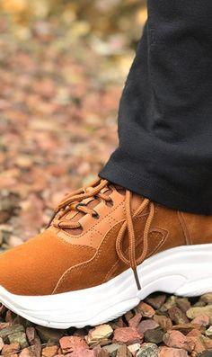 87 melhores ideias sobre Brown Sneakers | Van sapatos, Botas