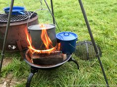 Campfire Pots Hot soup🍵 Or a stew 🍲after a windy walk, heat up this pot for the perfect meal