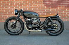 Black & Tan Honda CB 550 by The Best Motorcycles