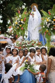 Anniversary of Our Lady of Fatima! Crown of Roses