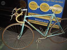 . bicicleta de carretera LEONI clasica, LEONI,muy buen estado,con hinchador, ven a verla sin ningun compromiso a la callle sevilla n�12
