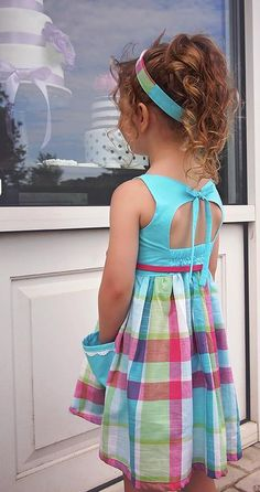 Violette Field Threads JUNE dress Sample done by pattern tester Vestido Violette Field Threads JUNE Muestra realizada por probador de patrones Little Dresses, Little Girl Dresses, Girls Dresses, Toddler Dress, Baby Dress, Girl Dress Patterns, Sewing Patterns, Kids Frocks, Dress Tutorials
