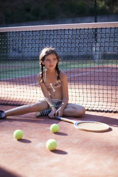 Photographer Charlotte Cohen took tennis players Milla and Charlyne to a lovely tennis court down in Marseille for a sunny Photo-shoot.