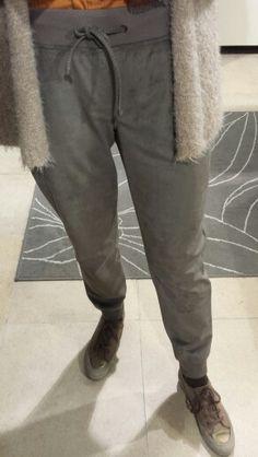 Aftellen naar 2016 met elke dag een andere Brax broek! Vandaag nr.16 Brax broek Morton met tailleband en zoom volledig in elastiek! #Brax #broek #morton #Modernfit #broekenspecialist