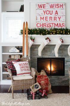 Cozy Christmas Mantel - The Lilypad Cottage