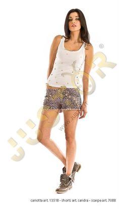 CANOTTA ART. 13518 - http://www.just-r.it/shop/it/maglieria/520-canotta-art-13518.html  SHORT ART. SANDRA - http://www.just-r.it/shop/it/pantaloni/428-short-art-sandra.html