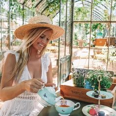 The perfect tea setup with MirandaKerrforRoyalAlbert at Babylonstoren farm in South Africa Thank you RoyalAlbertEngland ad Honeymoon Destinations, Amazing Destinations, Moustiers Sainte Marie, Girlfriends Getaway, Orlando, California Coast, By Train, Koh Tao, Greek Islands