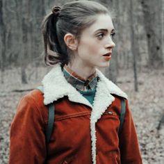 Natalie Dyer, Vanellope, As Nancy, Nancy Wheeler, Tv Icon, Stranger Things Aesthetic, Stranger Things Netflix, Millie Bobby Brown, Cute Icons