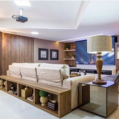 Interiores por  Cypriana Pinheiro  Natal | RN  #decor #decoracao #detalhes #details #desing #designinteriores #decoration #decorating #style #furniture #home #homedecor #homedecoration #homedesing #homestyle #interior #interiordesing #inspiration #inspiração #ideias #instaarch #instadecor #instamood #instadesign #instagood #instahome #arquitetura #architecture #escultura.