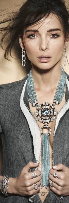 Love the necklace, no to the outfit.