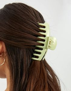 Claw Clip, Latest Shoes, Hat Hairstyles, Hair Beauty, Hair Accessories, Hair Styles, Women's Shoes, Green, Clothing