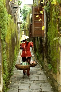 Vietnam | 32 Enchanting Alleys To Get Lost Down Around The World
