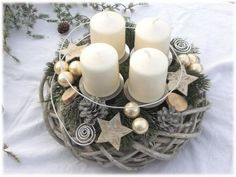 Advent Wreath – Country willow wreath, Shabby by Tinas-art-of-deco on DaWand … - Diy Winter Deko Christmas Advent Wreath, Christmas Mood, All Things Christmas, Advent Wreaths, Diy Christmas Crafts To Sell, Diy And Crafts, Watercolor Flower Wreath, Advent Candles, Shabby