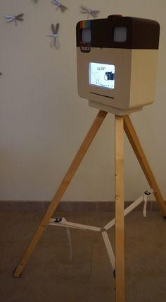Fotomatón casero. Raspberry. Foto Flash, Support Photo, Photobooth Idea, Photo Booth Design, Photography Career, Vintage Cameras, Kiosk, Tables, Boho