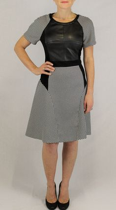 Ivy & Blu houndstooth print dress – Bella Jules Fashion Boutique