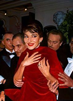 Maria by Callas : l'Exposition - La Seine musicale Maria Callas, Robert Mapplethorpe, Bert Stern, Annie Leibovitz, Classical Opera, Classical Music, Richard Avedon, Andy Warhol, Opera News